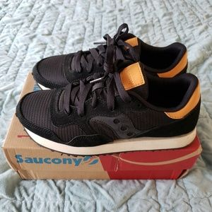 Saucony DXN Trainers